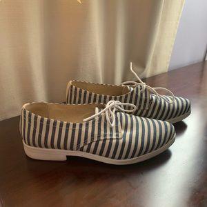 Anthropologie - KMB Seaward Oxford Shoe - Size 7